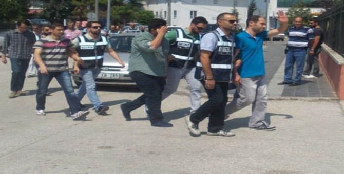 Feto Ter�r �rg�t� Tutuklamalar� S�r�yor.